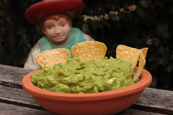 Light, Sweet and Spicy Guacamole with Peas   What Would ...