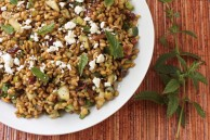 Freekeh salad with cucumber, pistachios and mint
