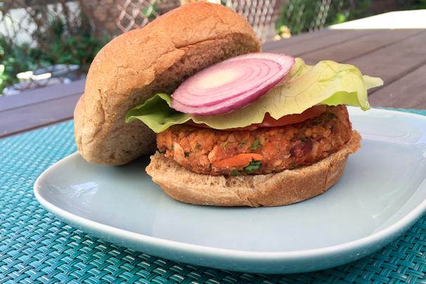 vegan chickpea veggie burger