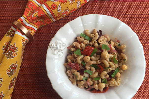 pasta salad with sun-dried tomatoes